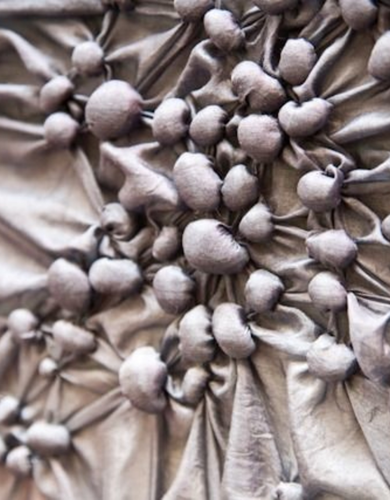 Fabric Manipulation / Ruth Singer