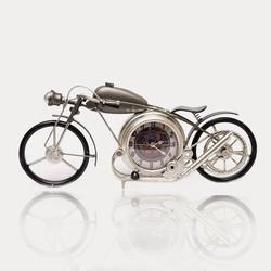 motorfiets met klok