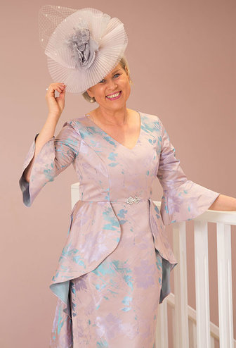 VEROMIA (DRESS CODE) Floral Bell Sleeve Dress