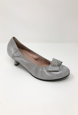 LA BABE Low Heel With Bow Diamond Detail On Toe