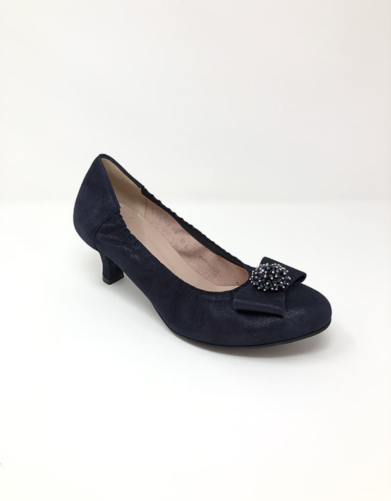 LE@BABE Low Heel With Bow On Toe