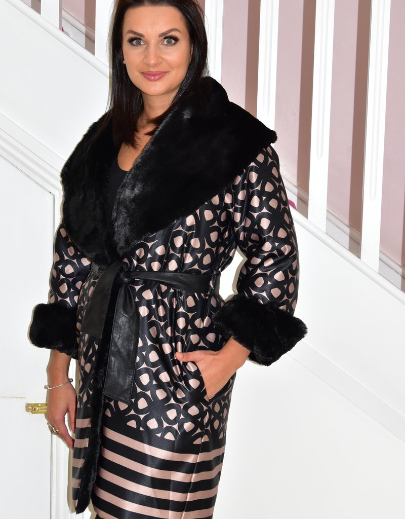 Camelot Coat With Faux Fur Detail