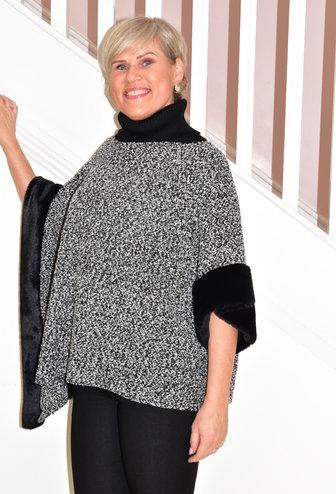 PERSONAL CHOICE (MIC Black & White Asymmetric Knit Cardigan