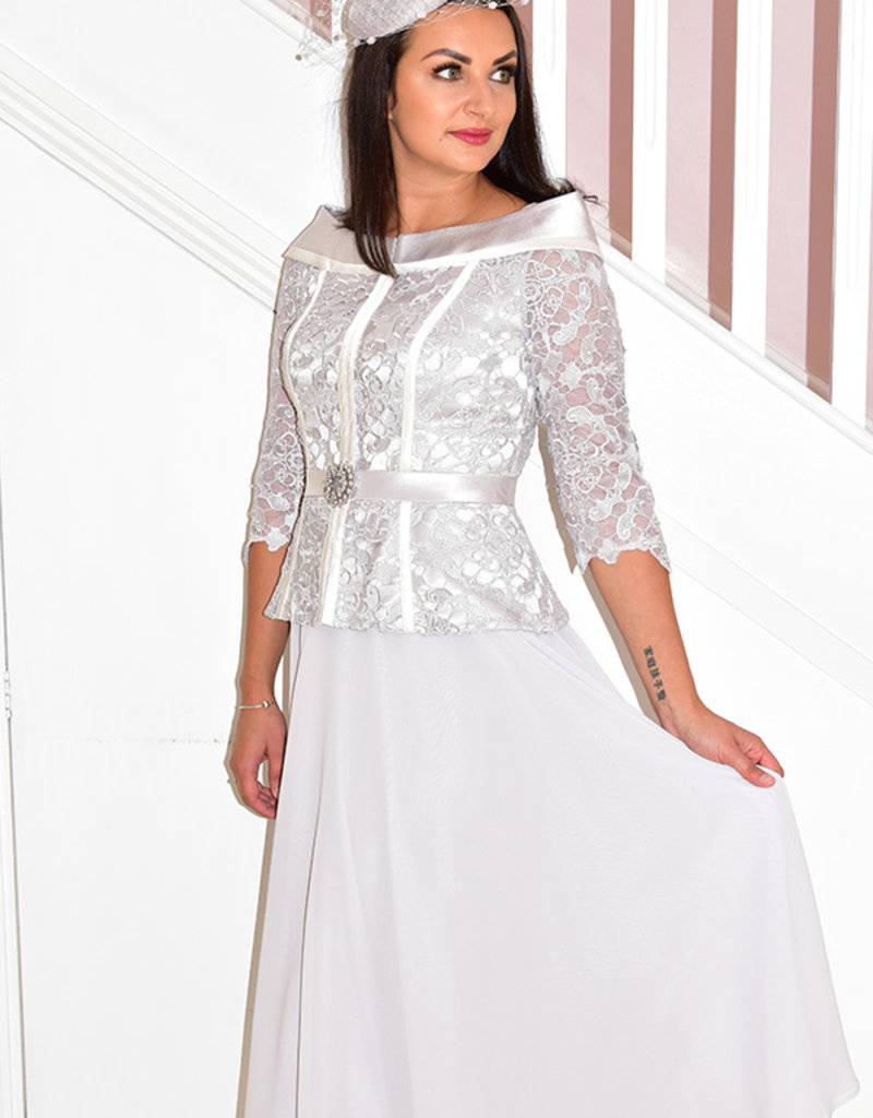 Veni Infantino Long Dress With Brooch Detail