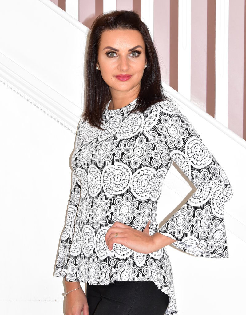 JOSEPH RIBKOFF Top With Bell Sleeve & Patterns