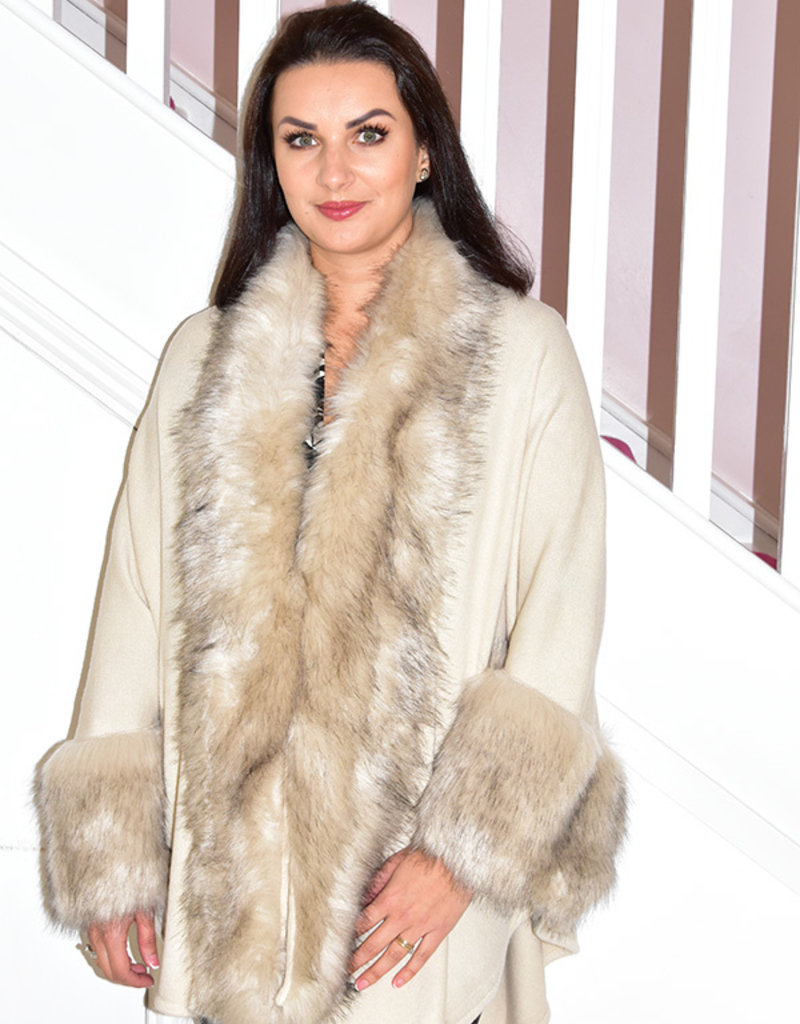 JOSEPH RIBKOFF Cover Up Cape With Faux Fur Detail