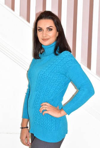 DECOLLAGE Teal Cable Knit Pullover