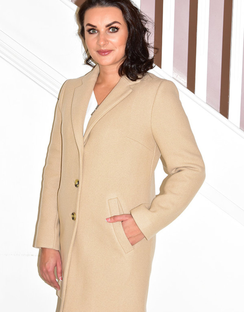 Diane Laury Beige Coat With Button Close
