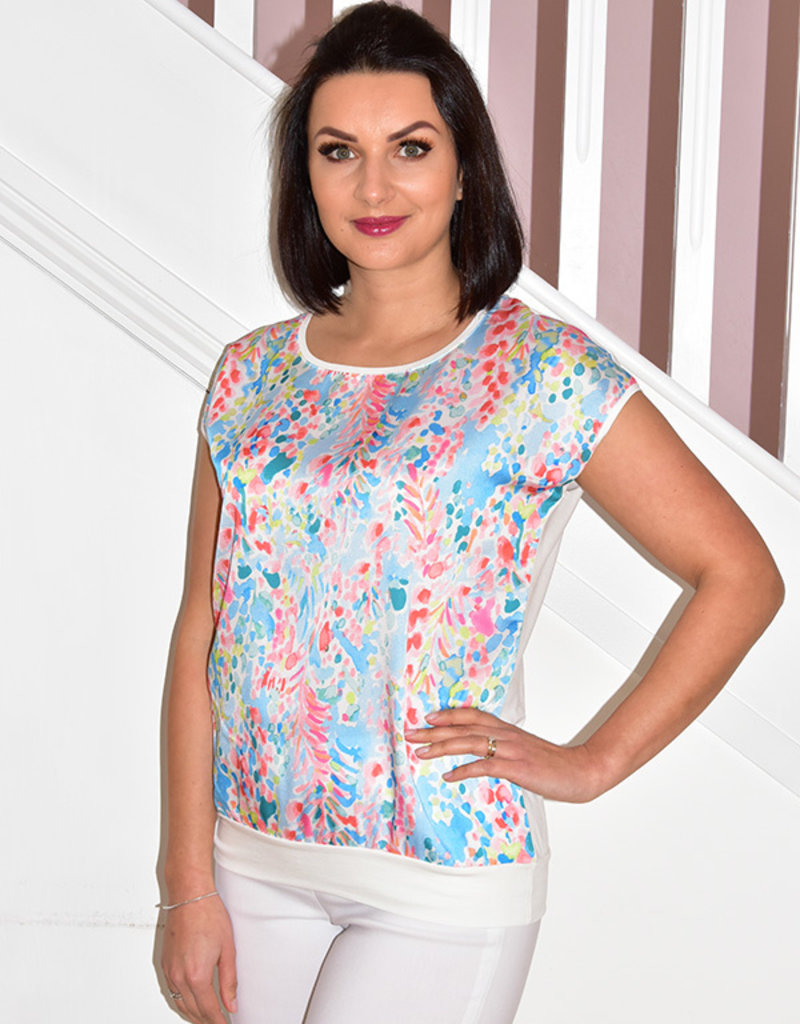 DECOLLAGE Decollage Short Sleeve Lilly Top