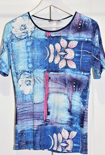 LIBRA Blue Printed Floral Top With Buttons on Shoulders