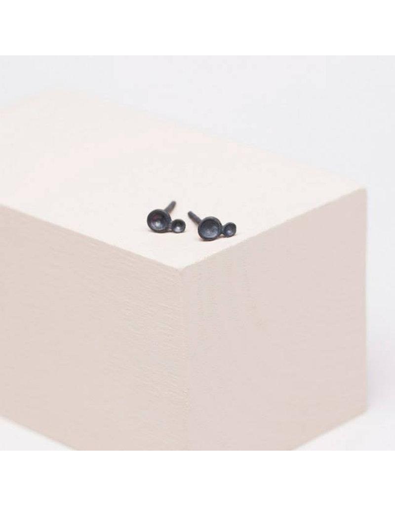 Post earrings 2 tubs