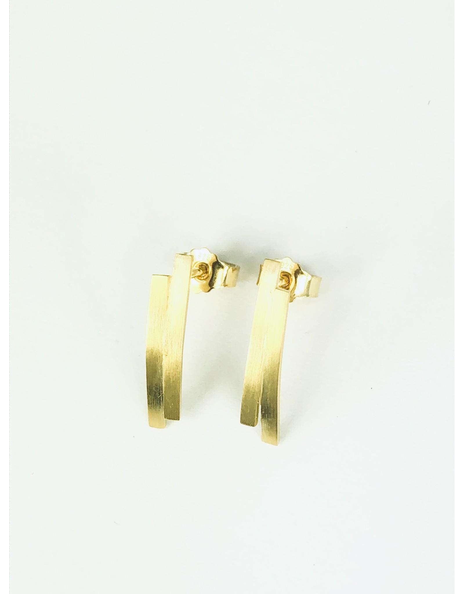 Post earrings 2 curved bars