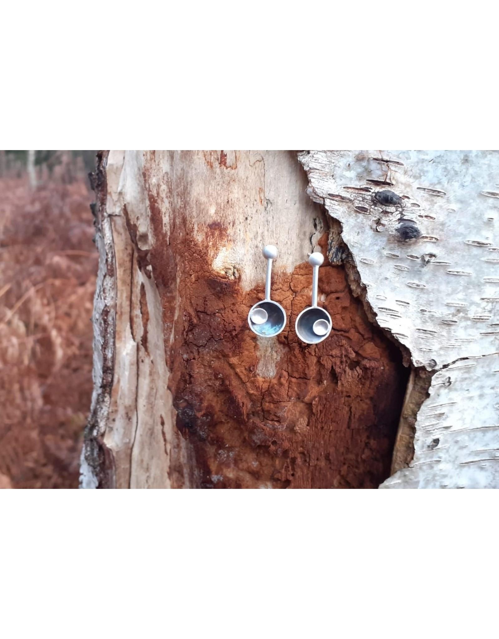 Post earrings pendant eclips