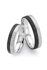 Ring Carbon and silver