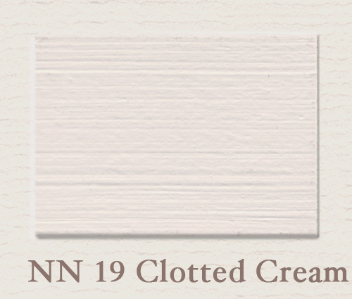 Eggshell/Matt Clotted Cream