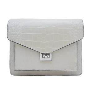 Fique the label BEAU BAG - CREME/SILVER