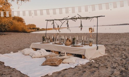Bohemian table setting guide | Tips & tricks voor de tafelsetting op een boho chic bruiloft of feest!