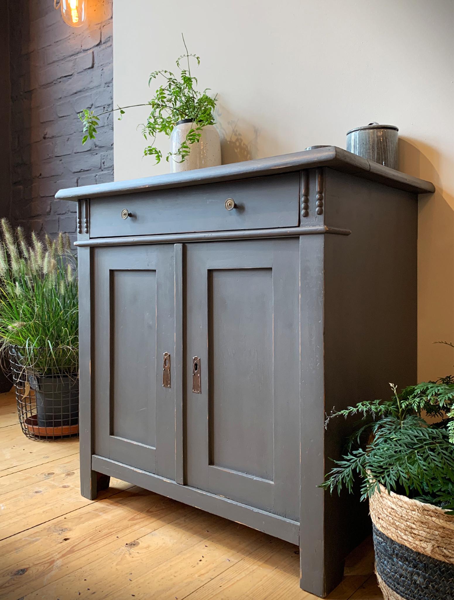 Möbelfarbe Persian Grey