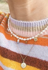 The Golden House Pearl choker charms