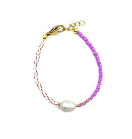 The Golden House Red/white purple pearl bracelet