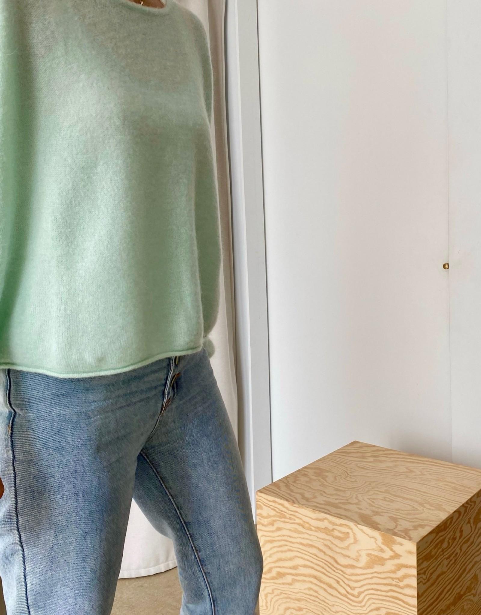 The Golden House Pull 'Odette' - Green Ash - TU