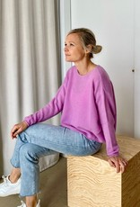 The Golden House Pull 'Odette' - Lilac - TU