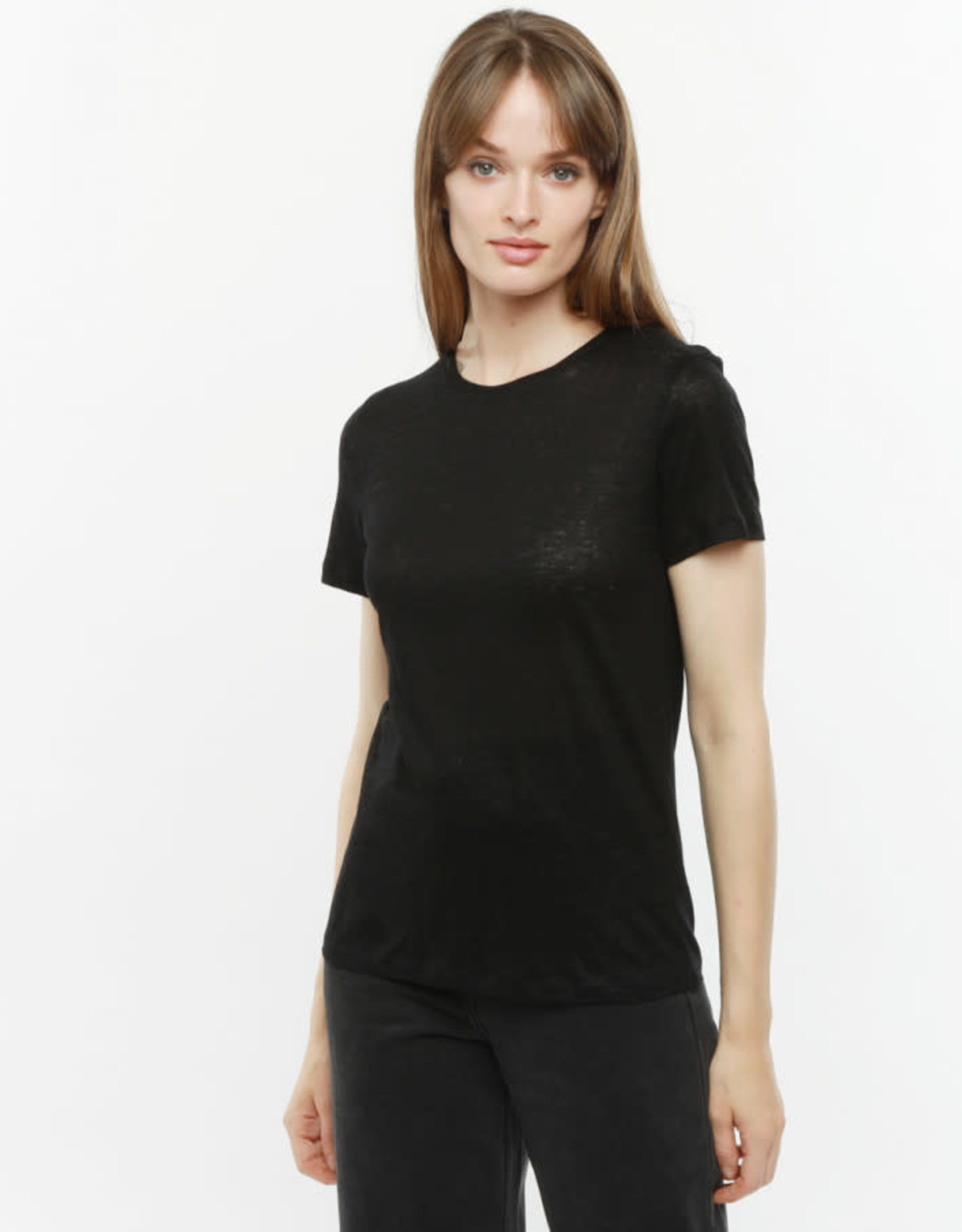 The Golden House T-Shirt 'Melody' - Black