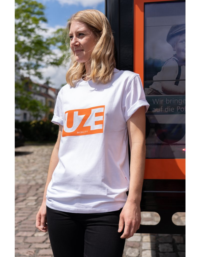 UZE 'UZER STYLE' T-Shirt in weiß Unisex