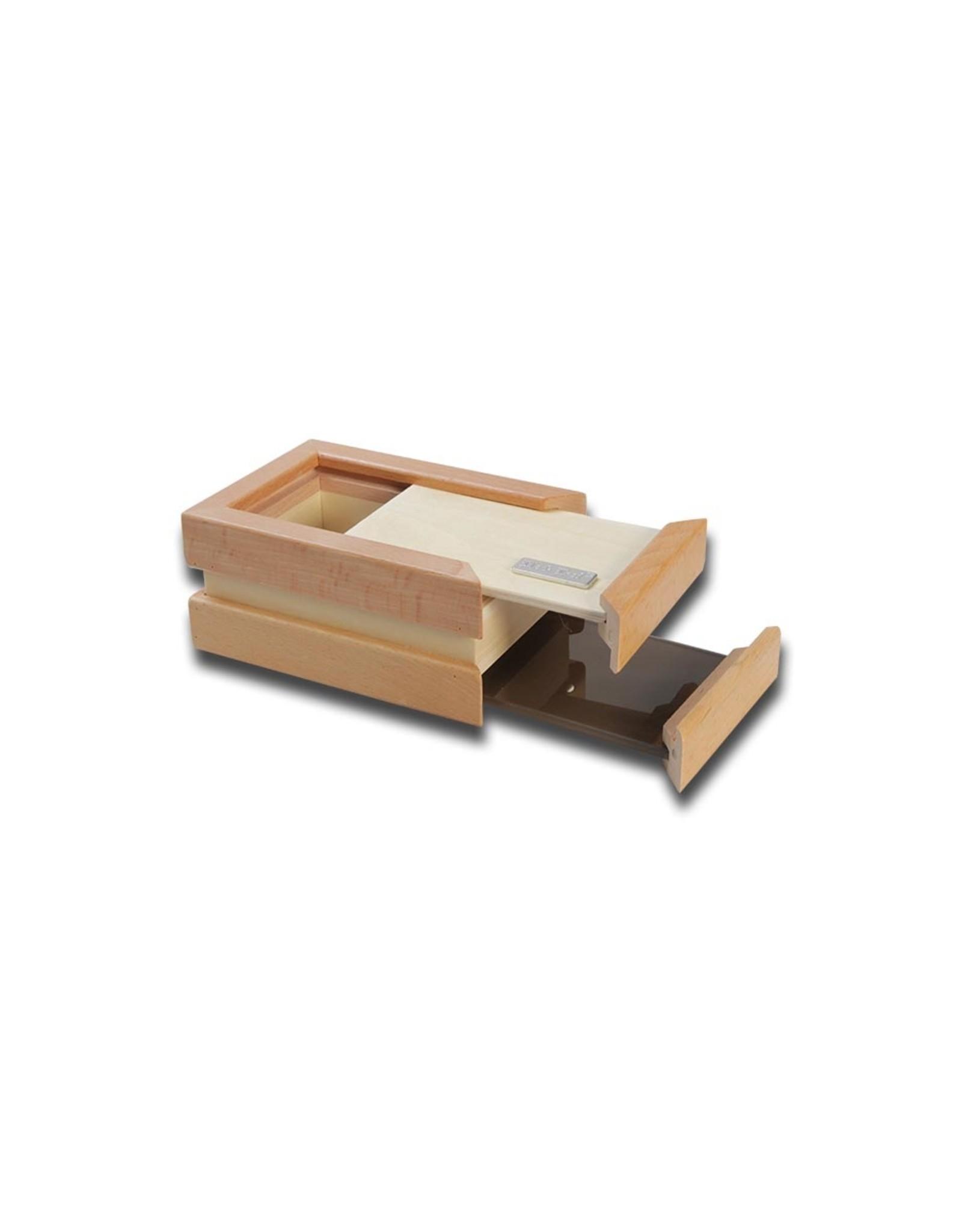 Black Leaf Pollen Screen Box (L)