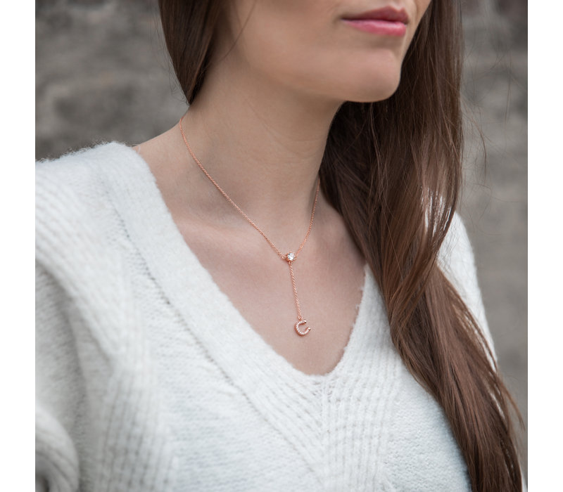 SPARKLING HORSESHOE NECKLACE ROSE GOLD