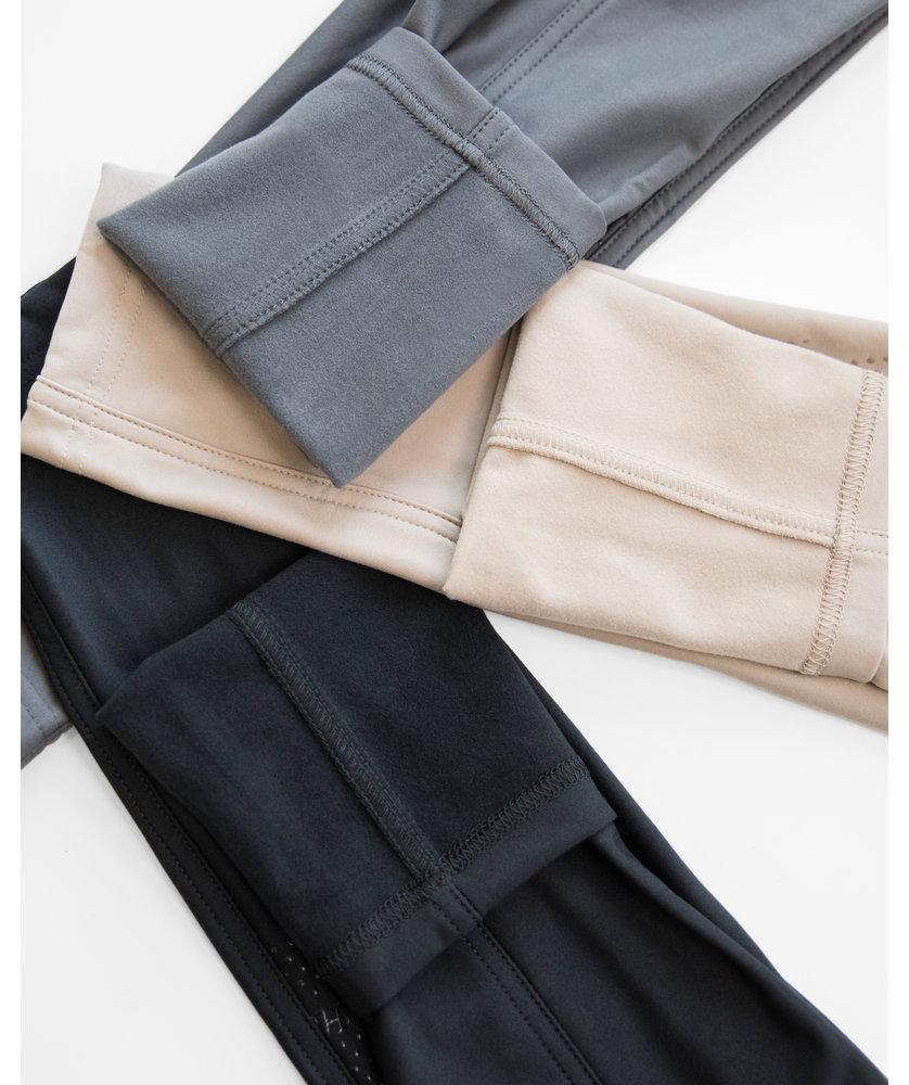 SELENA - BLACK THERMO LEGGINGS