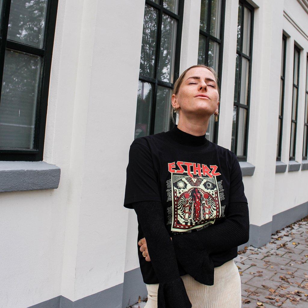 ESTHRZ ESTHRZ T-shirt Tell Me Your Secret Black