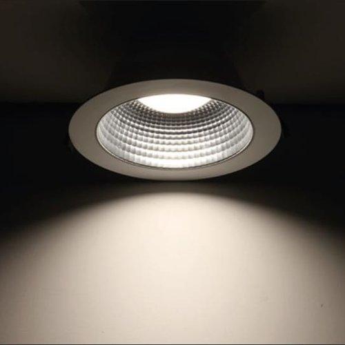 Tronix Down Light Surface Mounted | Black | 18W | TRI-White | Dim.