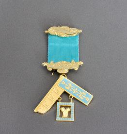 Craft Past Master Breast Jewel | Gold
