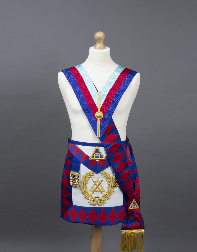 Royal Arch Grand Chapter Suit   Lambskin & Hand Embroidered