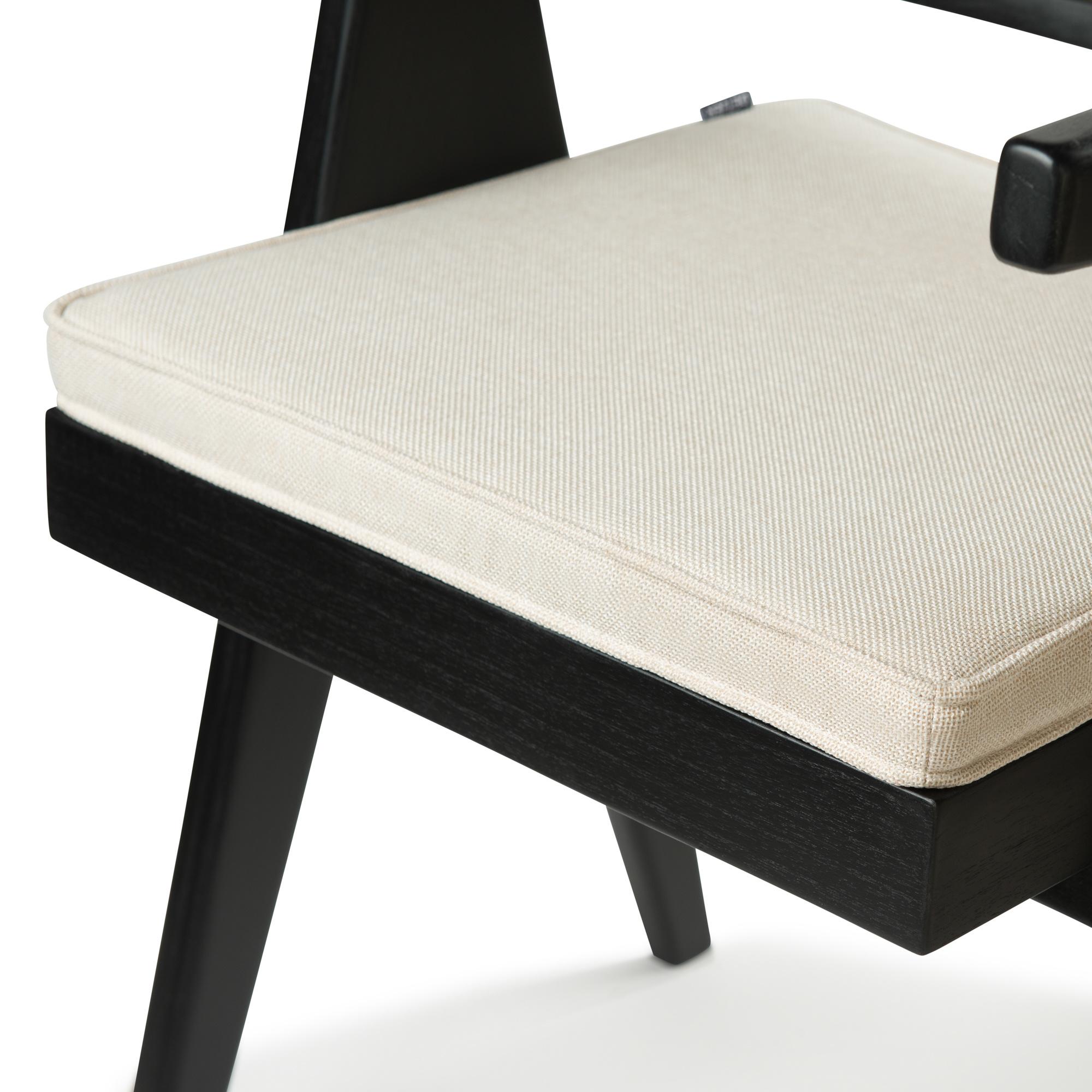 Kangaroo Cushion - Creme-3