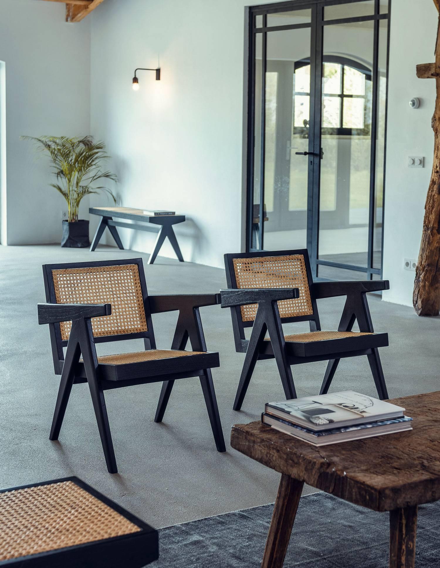 Easy Lounge Chair-1