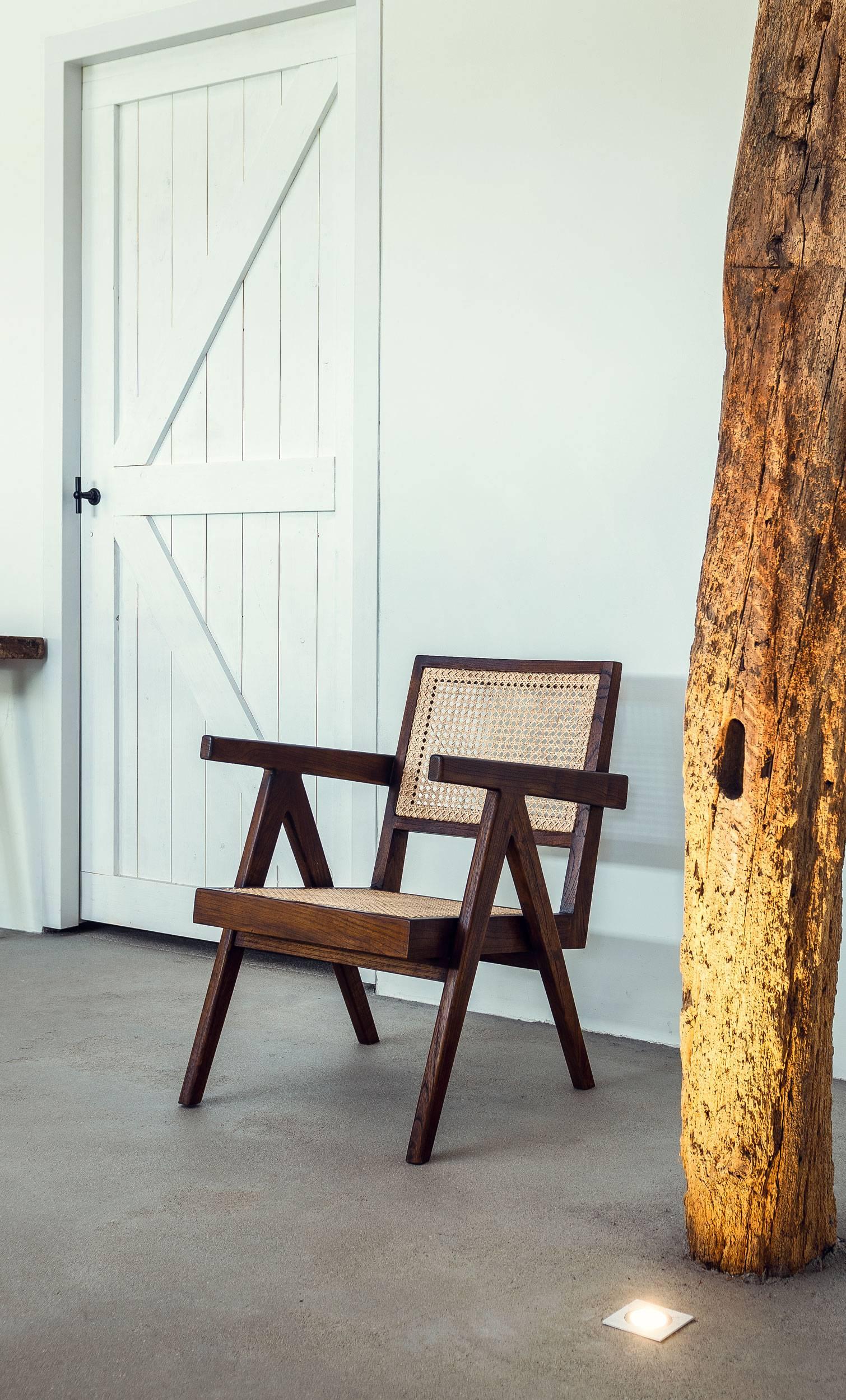 Easy Lounge Chair-2
