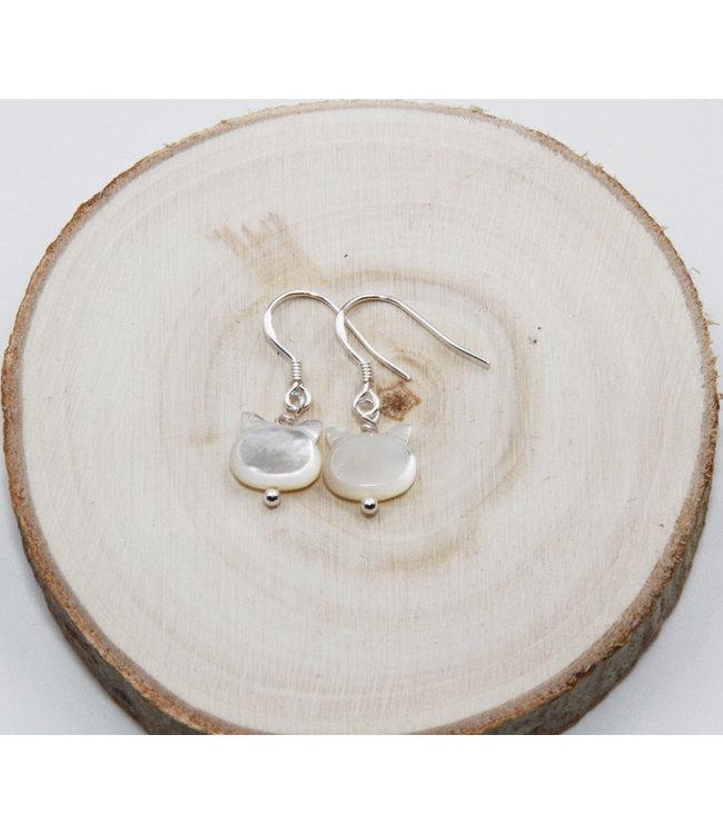 Boucles d'oreilles Chat Nacre Blanc