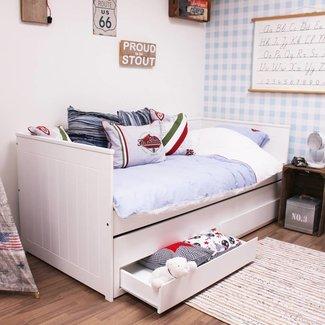 Lilli Furniture Bedbank Nanne met logeerlade