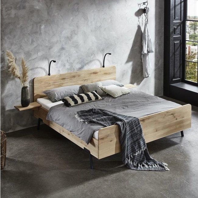 Industrieel design bed LOTUS -  Massief eiken