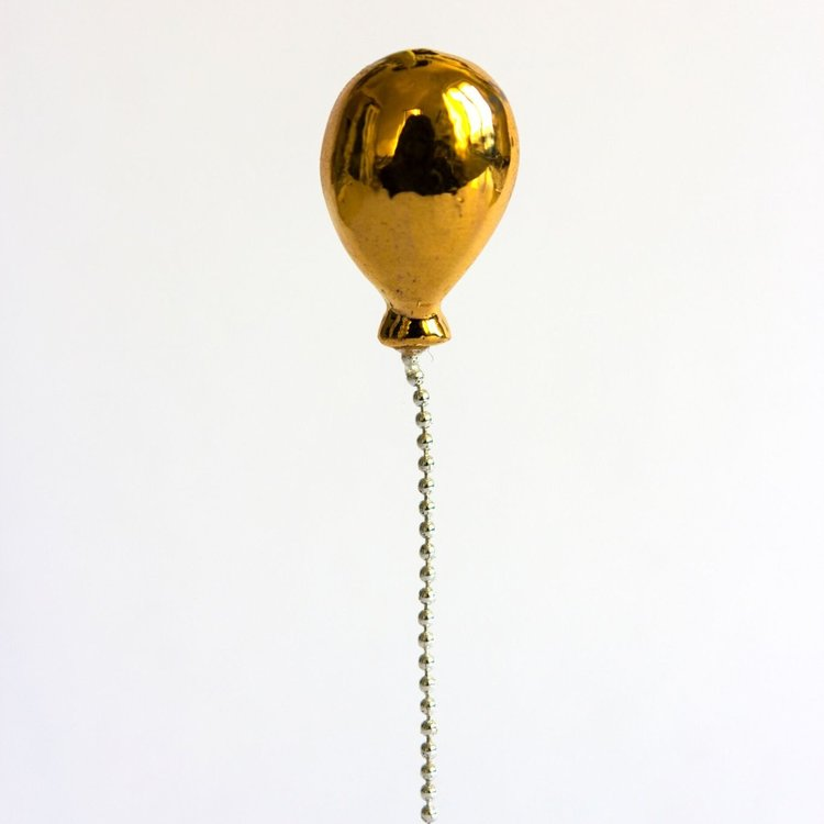 Stook Lost Balloon GOLD pin