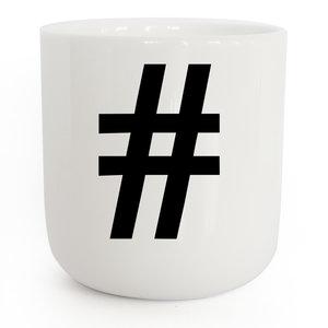 PLTY PLTY beker hashtag