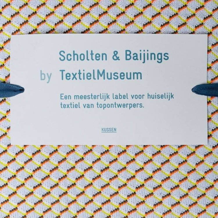 Textielmuseum Kussen S&B 50x50 neon oranje