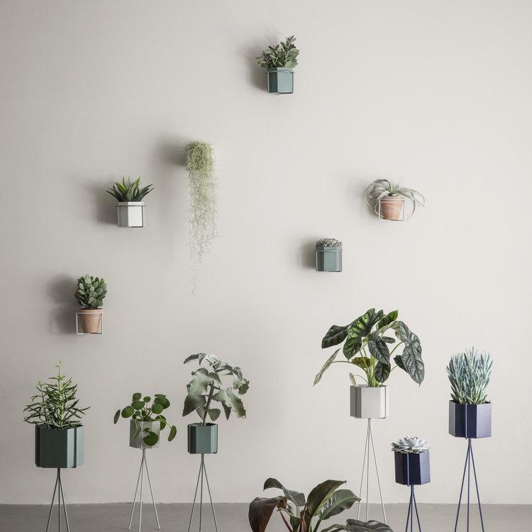 ferm LIVING ferm LIVING plantenstandaard klein lichtgrijs