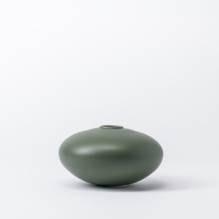 raawii Alev vase 02 small elm green