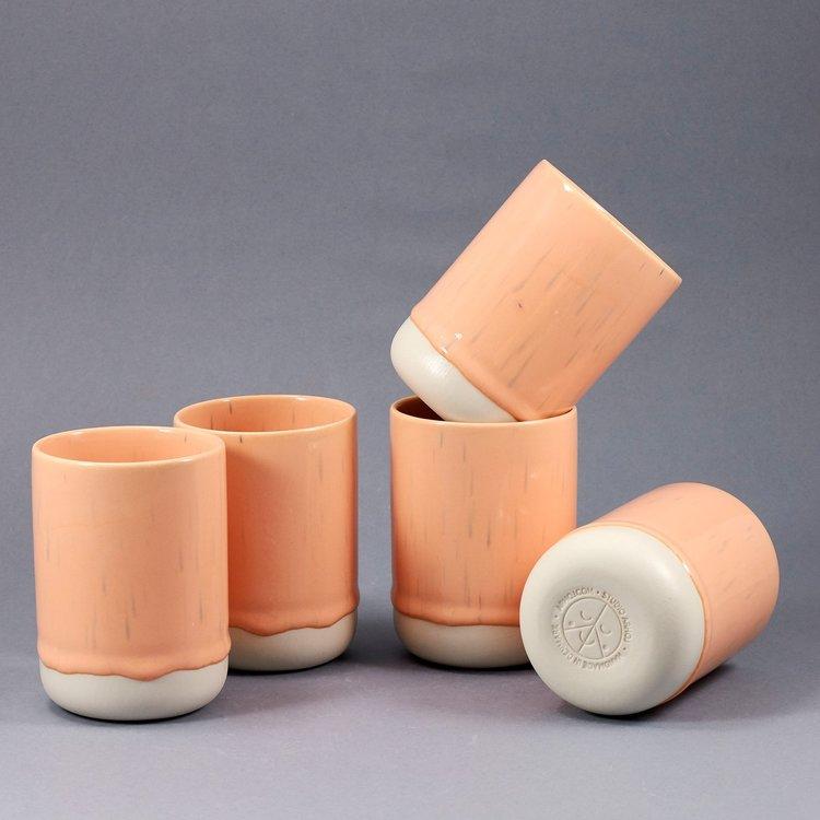 Arhoj Arhoj slurp cup peach pit