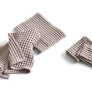 HAY Twist Cloth & Towel set of 4 burgundy