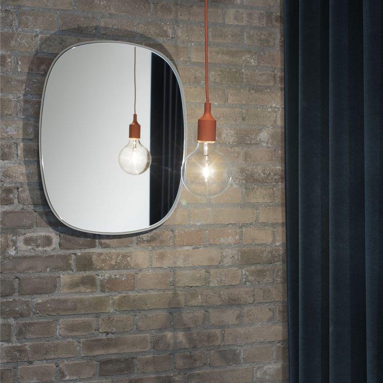 Muuto Muuto spiegel Framed klein grijs