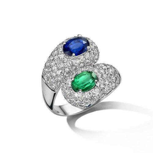 Leon Martens Ring in 18 karaat witgoude met blauwe saffier, smaragd en diamant Leon Martens Juwelier